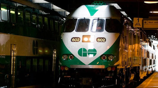 Metrolinx may have to raise roof at Union Station shed to fit new trains