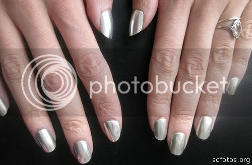 Unhas de prata