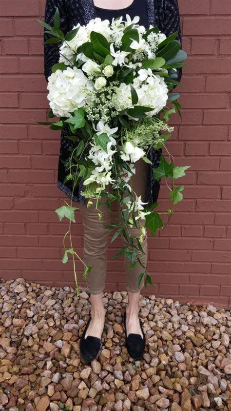 Minneapolis, greenery, white bouquet, flowers near me