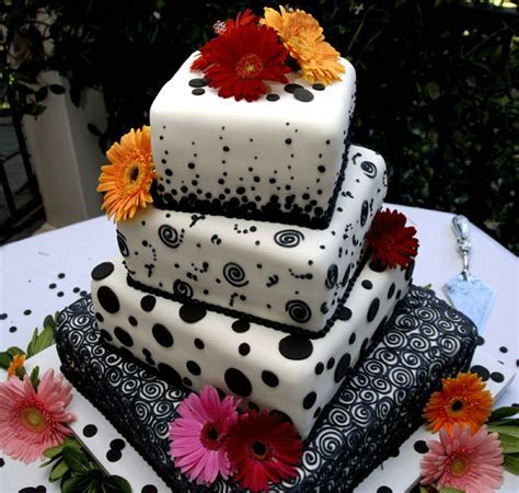 Wedding Cake trends and Catering menu ideas for your