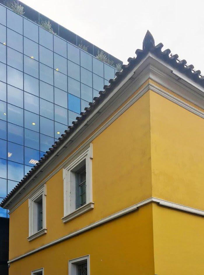ΟΙΚΙΑ ΡΑΛΛΗΗ κατοικία του Δημήτριου Ράλλη, ένα από τα λίγα δείγματα αστικής αρχιτεκτονικής της οθωνικής περιόδου στην Αθήνα, αποτελεί έργο του αρχιτέκτονα Σταμάτη Κλεάνθη.