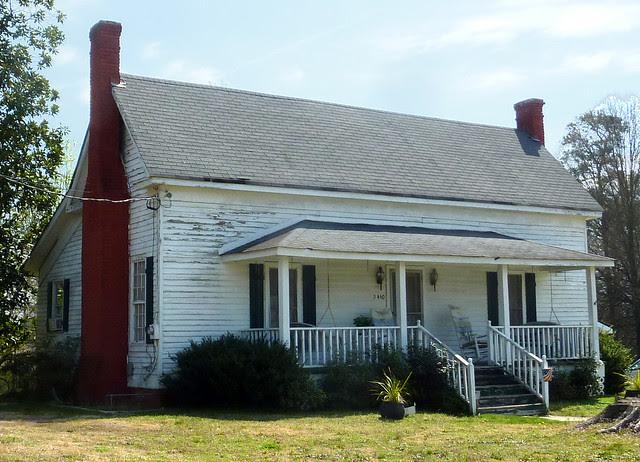 P1180401-2013-03-30-Ellenwood-Georgia-Vernacular-House-detail