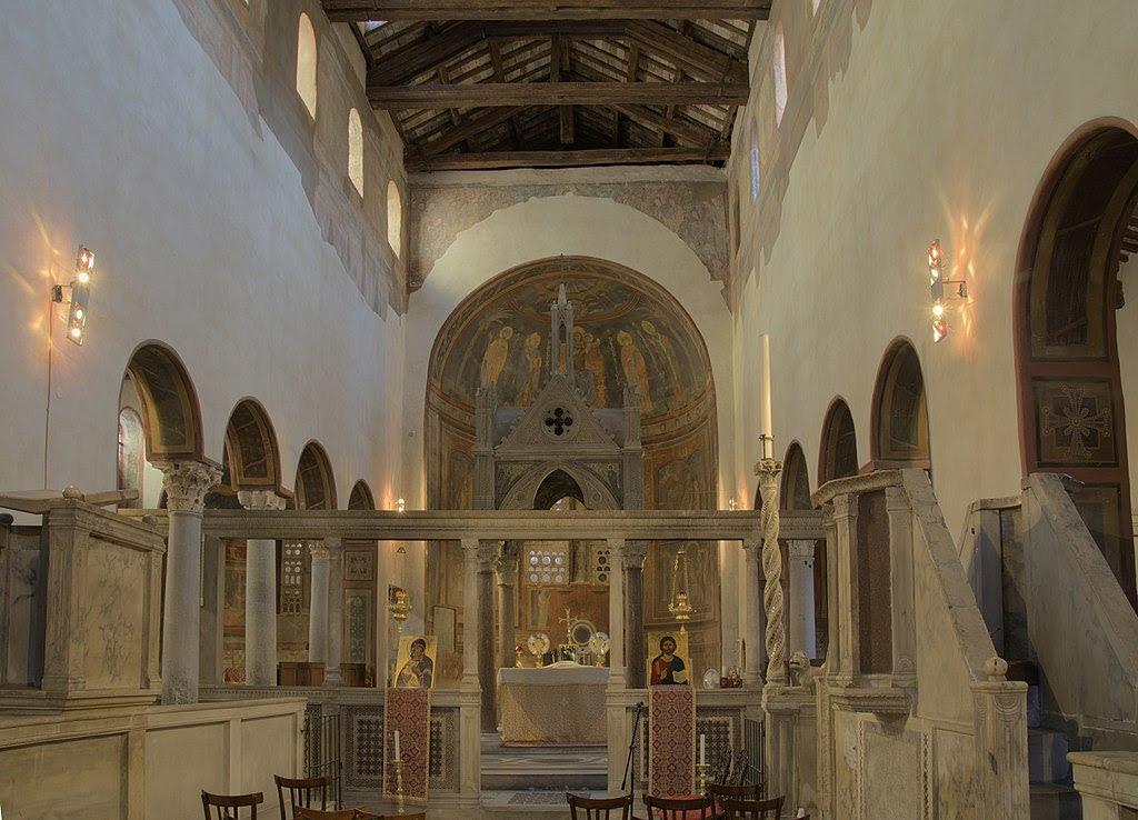 Santa Maria in Cosmedin Interior.jpg