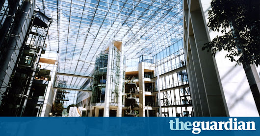 BA boss shocked to find out that third Heathrow runway will raze his HQ | Business | The Guardian