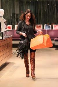 Megan Fox Pantalones Ajustados y Botas