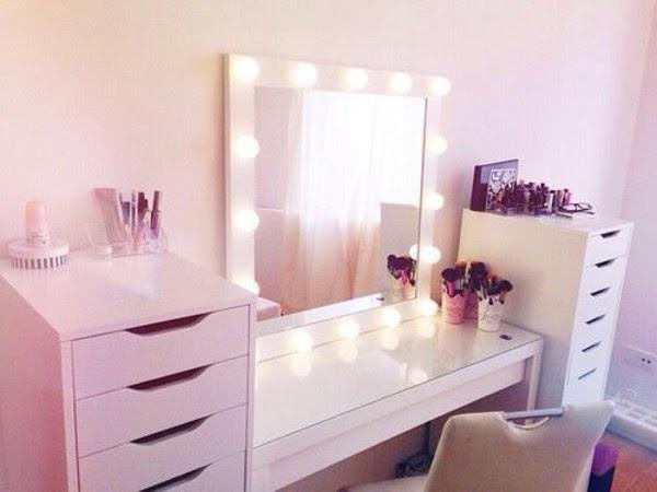Vanity Girl Hollywood Lighted Vanity Makeup Mirrors