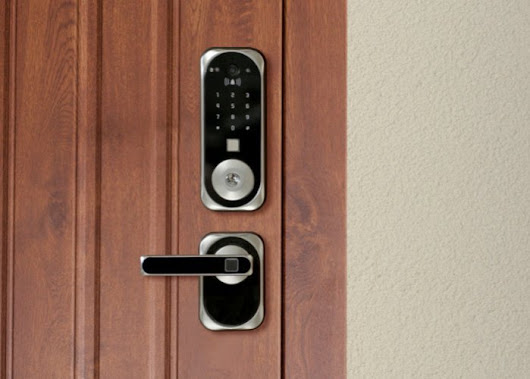 US:E smart lock with facial recognition technology - Geeky Gadgets