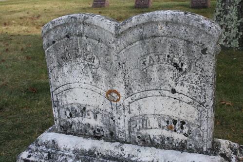 Tombstone of Philander and Harriet Parker