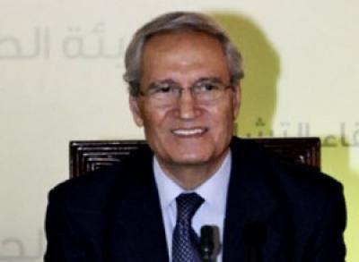 Ο Νταβούτογλου υποδεικνύει τον διάδοχο του Άσαντ!!