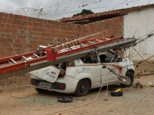 As causas do acidente ainda estão sendo investigadas pela Coelba (Foto: Blog Agmar Rios)