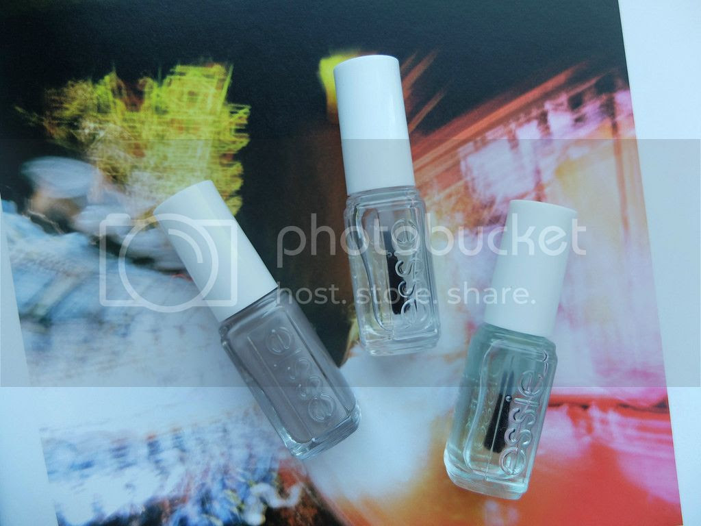 Essie professional routine Chinchilly First Base Good to Go