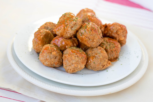 Buffalo Turkey Meatballs - Superbowl Party Snack Recipes - Piper Cooks