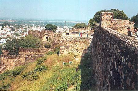 The so-called Jumping Point. The Rani is claimed to have jumped her horse from this point on the wall to the ground below and so