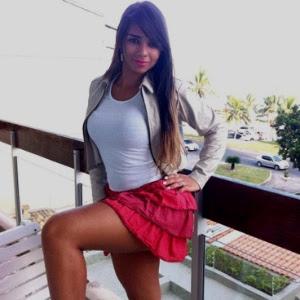 A modelo Louanna Adrielle Castro Silva, que morreu após sofrer parada cardíaca durante cirurgia para colocar silicone nos seios, em Goiânia (GO)