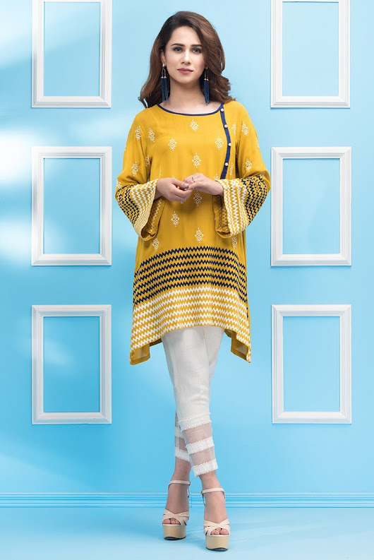 Buy Online Beautiful and Stylish Pakistani Casual Dresses by Phatyma Khan - Online Shopping in Pakistan