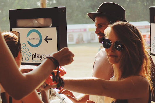 Festival visitors lead the charge for Cashless Payments