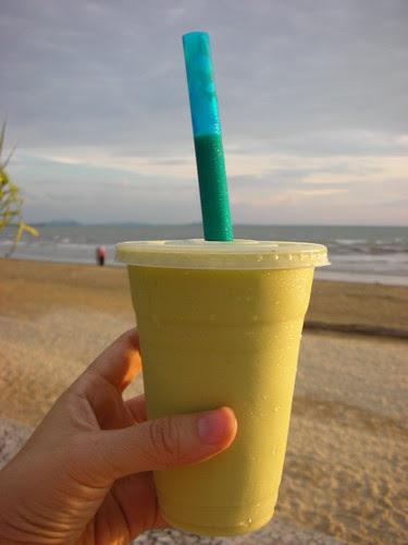 酪梨汁(濃純好喝~一定要喝哦!)