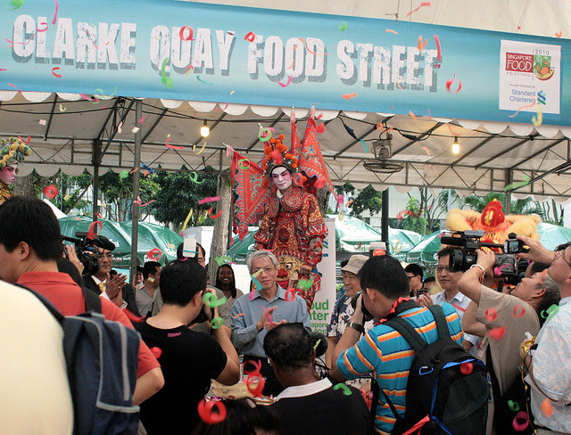 The Singapore Food Festival kicked off with Chinese opera, lion dances and confetti!