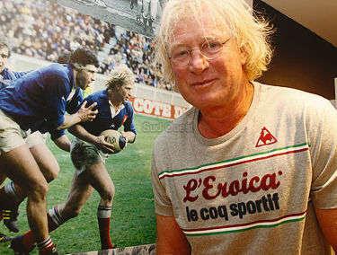 """""""Le rugby, c'est l'histoire d'un ballon avec des copains autour et quand il n'y a plus de ballon, il reste les copains. C'est l'essentiel."""" Jean-Pierre Rives"""