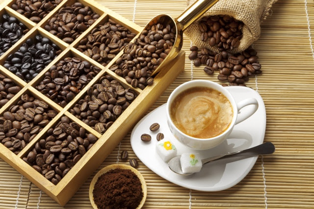Todos os tipos de cafés podem ser produzidos para a microtorrefação, desde arábicas a conilons, convencionais a orgânicos - Crédito Shutterstock