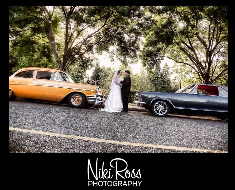 bride-groomhat-oldcars
