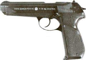 Pistola Steyr Daimler Puch Gb em 9mm Parabellum. Arma que a Glock competiu para fornecimento ao Exército Austríaco.