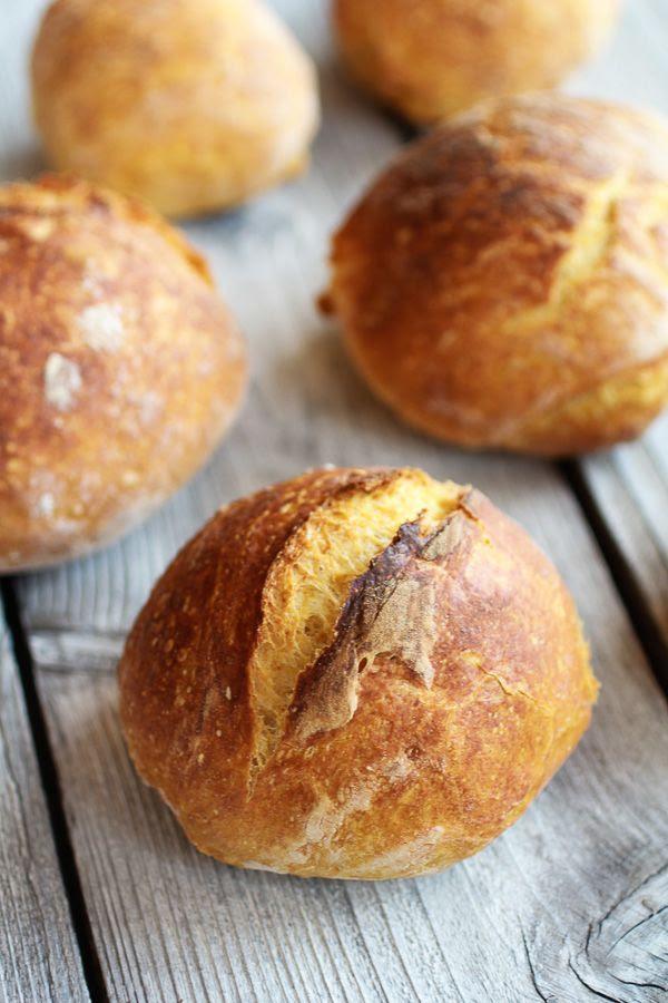 Super Easy Crusty No-Knead Pumpkin Bread Bowls | halfbakedharvest.com @Half Baked Harvest