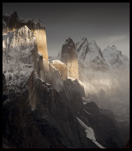 nameless tower (6239m) por doug k of sky