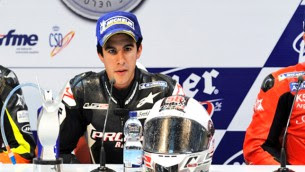 isaac viñales in moto3 with CBC corse