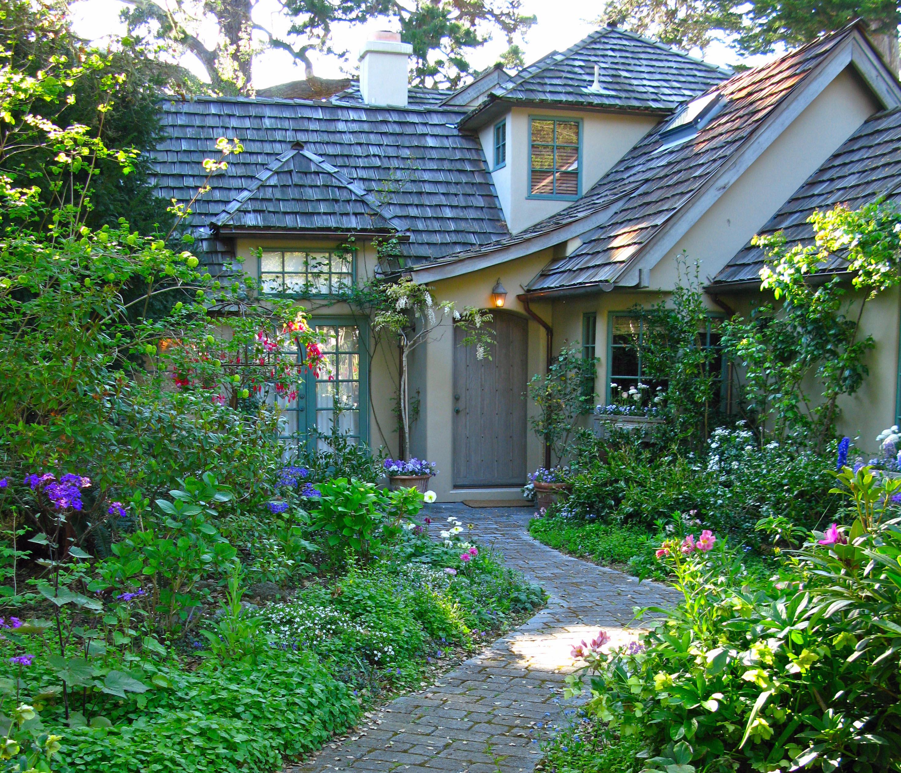 Cottage Flower Gardens: Cliserpudo: Beautiful Cottage Flower Garden Images