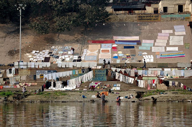 File:Washing clothes by the Ganges, Varanasi.jpg