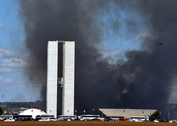 congresso pegando fogo