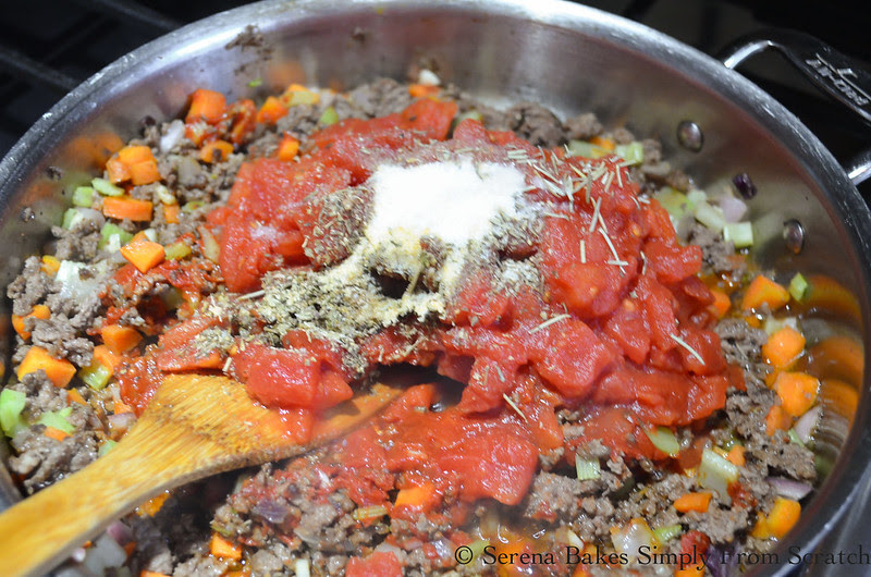 One-Pot-Lasagna-Pasta-Skillet-Tomatoes-Sauce-Paste-Italian-Seasoning-Granulated-Garlic-Salt.jpg