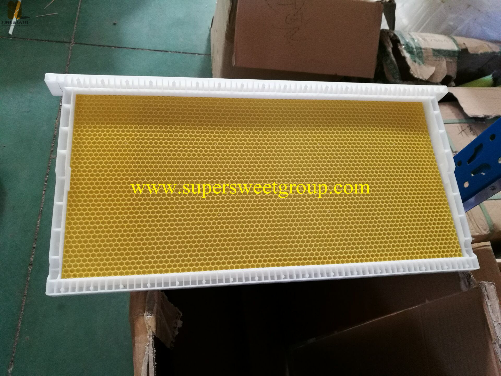 Langstroth Plastic Hive Frame With Plastic Sheet