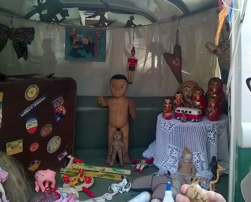 mini hospital de brinquedos na Kombi