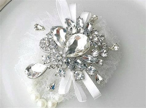 1000  ideas about Wedding Corsages on Pinterest   Wrist