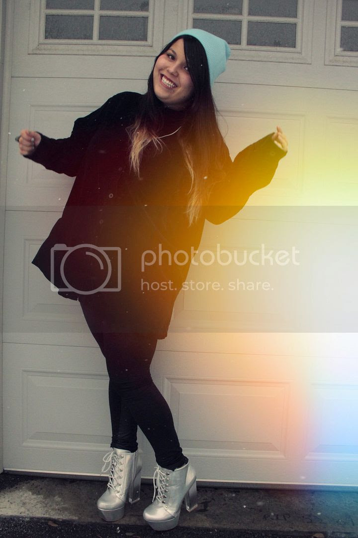 plus size fashion, Jessica Ip, Plus Size Velvet Shirt, Translucent Shara, Holographic Heels, Iridescence, Full figured fashion, toronto, canada, plus size blogger, plus size fashion, canadian plus size blogger, plus size beanie, ombre