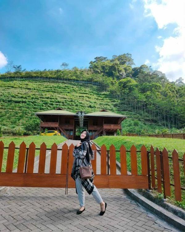 Potret Lembah Indah Malang, Glamping Sekaligus Wisata Alam yang Menyajikan Pemandangan Paripurna! oleh - pegununganidn.xyz
