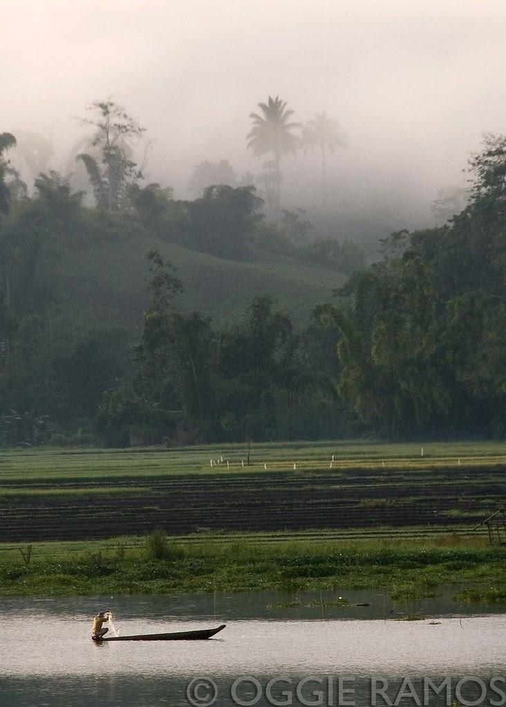 Lake Sebu - Seloton Foggy Mountain Morning Fishing