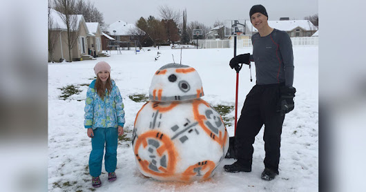 Picture of the Day: Why Make a Snowman When You Can Build a BB-8!