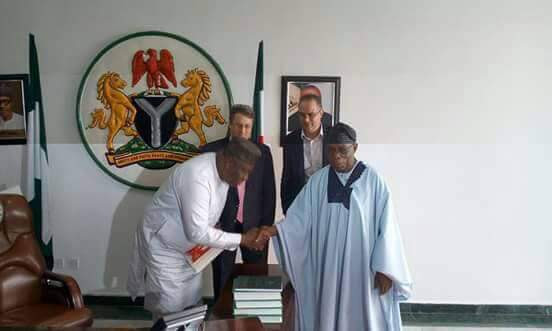 Governor Ugwuanyi Welcomes Obasanjo As He Leads Brenthurst Team To Enugu (Photos)