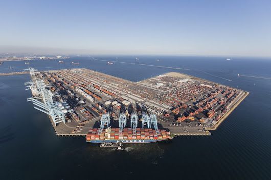 Port of Los Angeles Sets New All-Time Monthly Container Volume Record – gCaptain