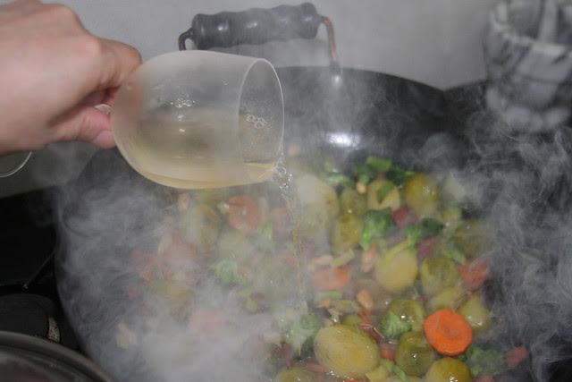 Salteado de Vegetales, jamón y Almendras (21)