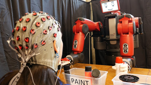 This robot learns by reading your mind