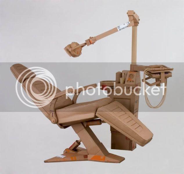 http://i1127.photobucket.com/albums/l624/jexgill/astonishing_cardboard_sculptures_64-4.jpg