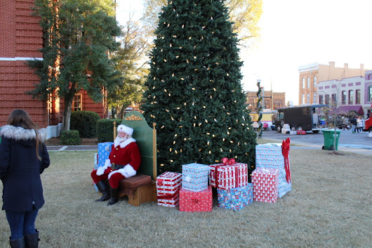 See Pictures From The First Talladega Christmas On The Square