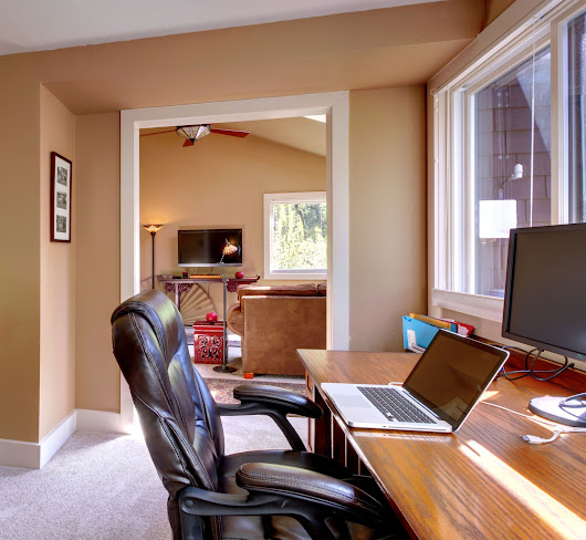 5 Advantages of Working from a Home Office -