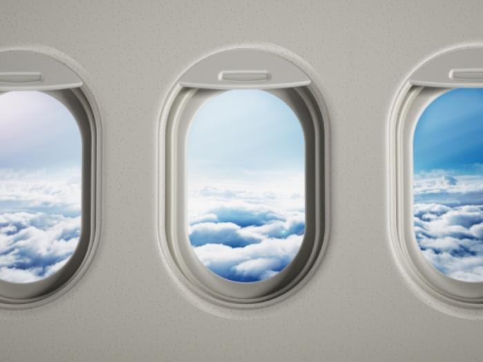 टेक ऑफ और लैंडिंग के दौरान क्यों खुली रखनी पड़ती है विमान की खिड़की?