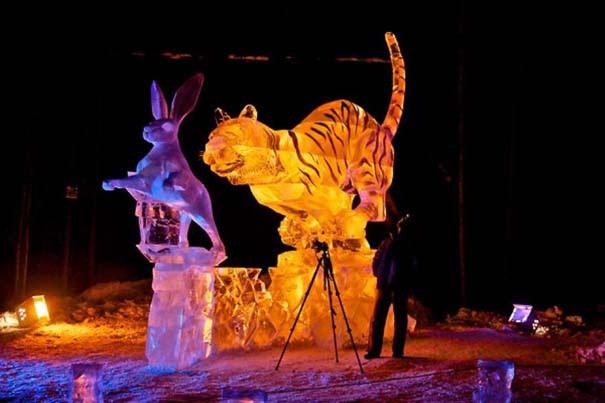 Εκπληκτικά έργα τέχνης από ένα κομμάτι πάγου (7)