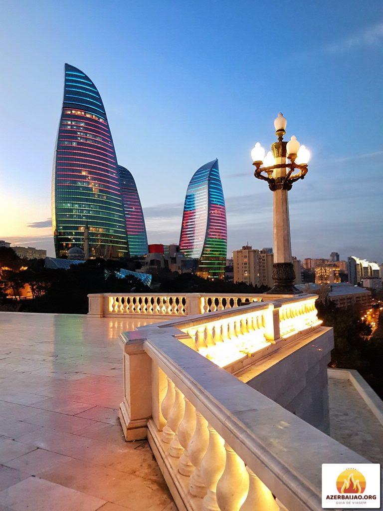 Visitar Baku e Gobustan 3 dias, Férias no Azerbaijão